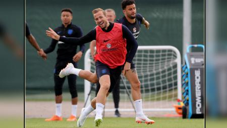 Harry Kane dianggap sebagai pembawa bencana kala Timnas Inggris raih hasil seri kontra Skotlandia di Euro 2020. - INDOSPORT