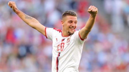Sergej Milinkovic-Savic dalam laga Serbia vs Kosta Rika di Piala Dunia 2018. - INDOSPORT