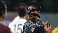 Indosport - Kiper Persija Jakarta, Andritany Ardhiyasa dalam laga persahabatan menghadapi Korea Selatan U-23.