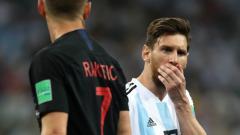Indosport - Lionel Messi usai Argentina kalah dari Kroasia di laga Grup D Piala Dunia 2018.