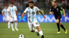 Indosport - Sergio Aguero dalam laga Argentina vs Kroasia di Piala Dunia 2018.