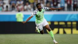 Penyerang Timnas Nigeria, Ahmed Musa saat merayakan golnya ke gawang Islandia.