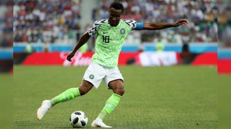 John Obi Mikel, kapten Nigeria di Piala Dunia 2018 dalam laga melawan Islandia. - INDOSPORT