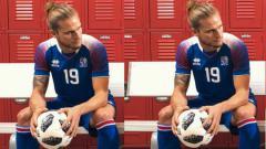 Indosport - Rurik Gislason, pemain Islandia yang bikin heboh karena ketampanannya.