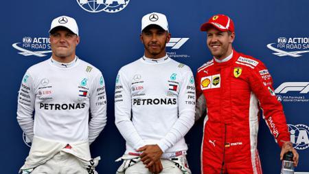 Valtteri Bottas (kiri), Lewis Hamilton (tengah), dan Sebastian Vettel, tiga pembalap F1 yang meraih 3 pole terdepan di GP F1 Prancis 2018. - INDOSPORT