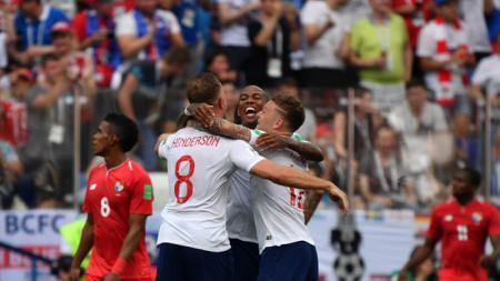 Selebrasi para pemain Inggris atas gol kedua mereka ke gawang Panama. - INDOSPORT
