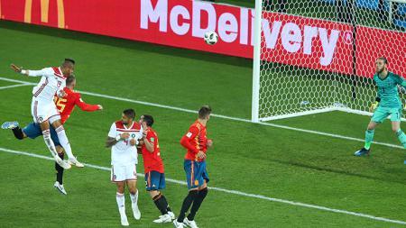 Saat gawang De Gea bobol untuk kedua kalinya di laga melawan Maroko. - INDOSPORT