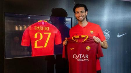 Gelandang klub Serie A Liga Italia AS Roma, Javier Pastore, mengaku sangat bahagia semenjak dilatih Paulo Fonseca. - INDOSPORT