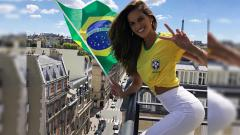 Indosport - Izabel Goulart, tunangan Kevin Trapp yang berani menjajal olahraga ekstrem.