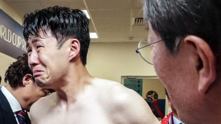 Syok dan menangis setelah laga bukan kali pertama bagi seorang Son Heung-min. - INDOSPORT