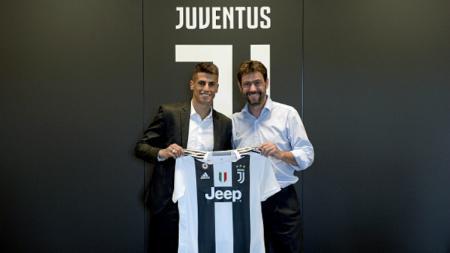 Joao Cancelo resmi gabung Juventus. - INDOSPORT