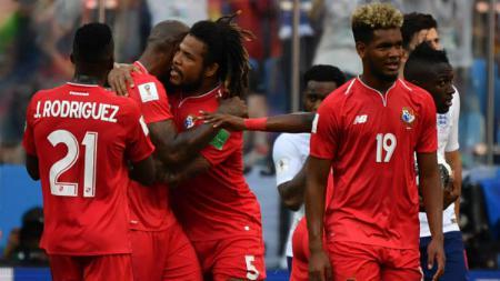 Selebrasi para pemain Panama usai cetak gol ke gawang Inggris di Piala Dunia 2018. - INDOSPORT