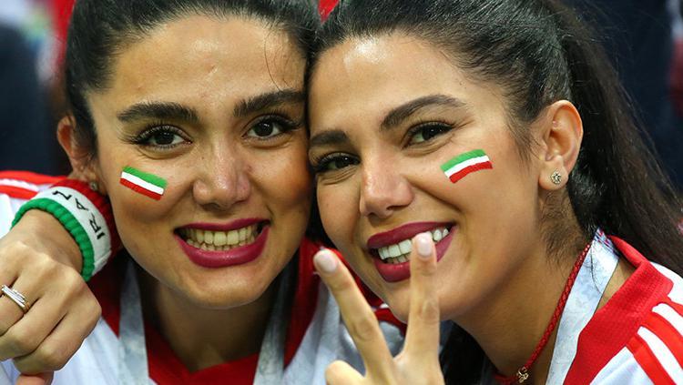 Potret Paras Cantik Fans Iran di Piala Dunia 2018 - INDOSPORT