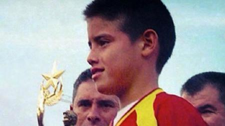 James Rodriguez saat masih berusia 11 tahun. - INDOSPORT