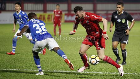 Persija Jakarta vs Persib Bandung di Liga 1 2018. - INDOSPORT