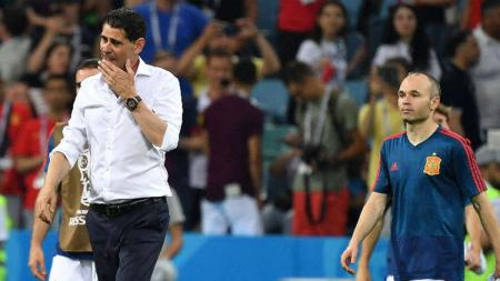 Fernando Hierro tak lagi menjadi pelatih Spanyol. - INDOSPORT