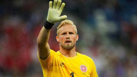 Kasper Schmeichel menjadi target utama Manchester United untuk menggantikan David De Gea. - INDOSPORT