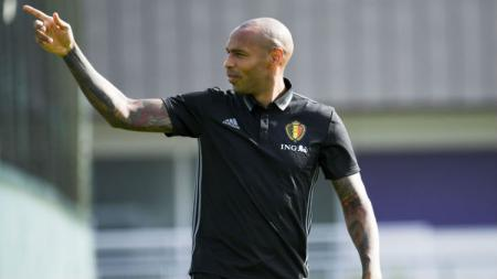 Asisten pelatih Belgia, Thierry Henry. - INDOSPORT