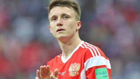 Aleksandr Golovin pesepakbola muda Rusia yang memikat Chelsea. - INDOSPORT