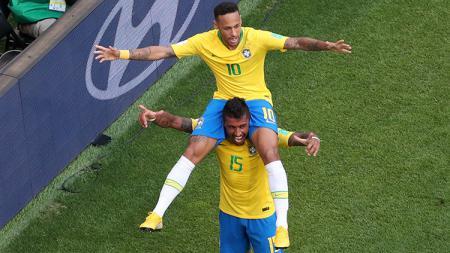Neymar merayakan gol pembuka yang dicetaknya ke gawang Meksiko. - INDOSPORT