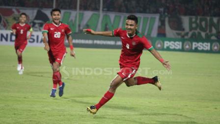 Rafli Mursalim melakukan selebrasi usai mencetak gol ke gawang Singapura pada menit ke-21'.