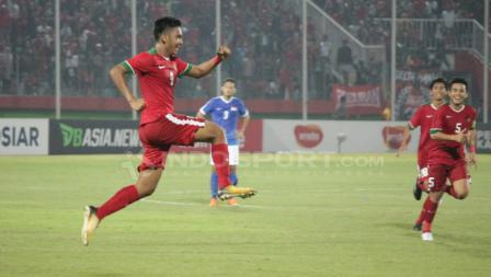 Aksi Selebrasi Rafli Mursalim usai mencetak gol ke gawang Singapura.