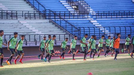 Suasana latihan pemain Persebaya Surabaya. - INDOSPORT