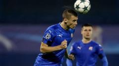 Indosport - Filip Benkovic saat beraksi di Liga Champions Eropa.