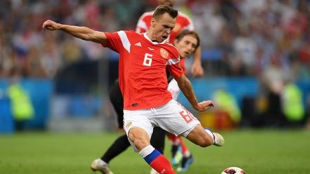 Denis Cheryshev mencetak gol pembuka bagi Rusia saat melawan Kroasia. - INDOSPORT