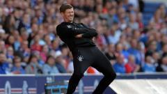 Indosport - Steven Gerrard berhasil membawa Glasgow Rangers melangkah ke babak 16 besar Liga Europa setelah menuntaskan perlawanan S.C. Braga dengan agregat skor 4-2.