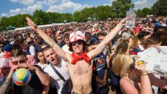 Indosport - Fans Timnas Inggris di Wireless Festival di London's Finsbury Park.