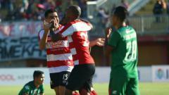 Indosport - Madura United vs PSMS Medan