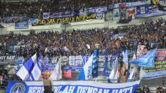 Indosport - Bobotoh, pendukung setia Persib Bandung.