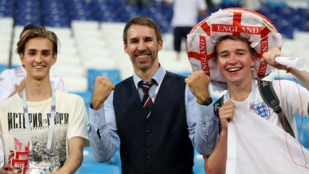 Neil Rowe, pria mirip pelatih Inggris. - INDOSPORT