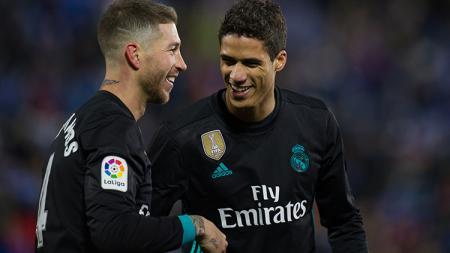 Sergio Ramos-Raphael Varane saat tampil membela Real Madrid di La Liga. - INDOSPORT