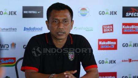 Pelatih Bali United, Widodo Cahyono Putro, dalam jumpa pers. - INDOSPORT