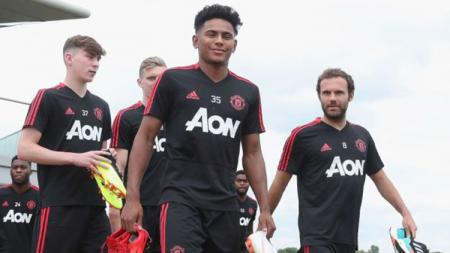 Latihan perdana Manchester United tanpa beberapa pemain. - INDOSPORT