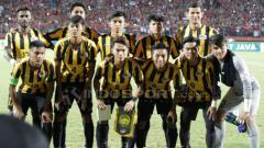 Indosport - Malaysia lolos ke Piala Asia U-19 usai melumpuhkan Thailand. Pemain andalan U-19, Muhamad Umar Hakeem Suhar Redzuan sebut, lawan sempat meremehkan skuatnya.