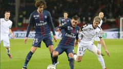 Indosport - Adrien Rabiot dan Marco Verratti, 2 gelandang PSG.