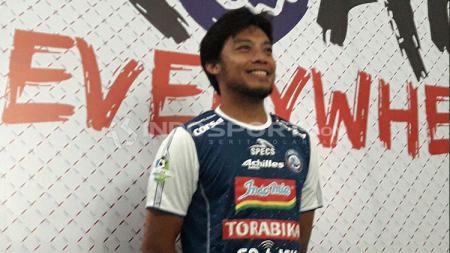 Hamka Hamzah berseragam Arema FC. - INDOSPORT