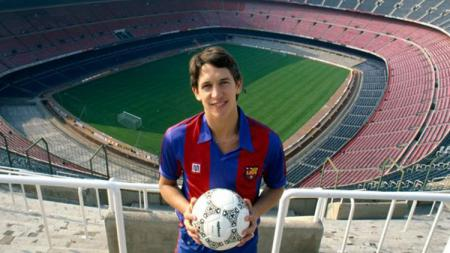 Gary Lineker saat berseragam Barcelona. - INDOSPORT
