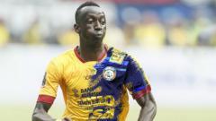 Indosport - Makan Konate resmi pindah ke Arema FC.