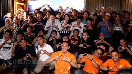 Indosport mengabadikan momen bersama penonton Piala Dunia 2018. - INDOSPORT