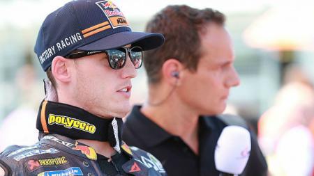 Pembalap KTM, Pol Espargaro, akan absen di perhelatan MotoGP Aragon, Minggu (22/09/19). - INDOSPORT