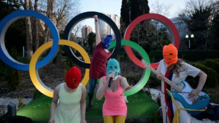 Pussy Riot di Olimpiade Musim Dingin Sochi 2014. - INDOSPORT