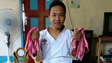Fauzan Noor, juara dunia Karate. - INDOSPORT