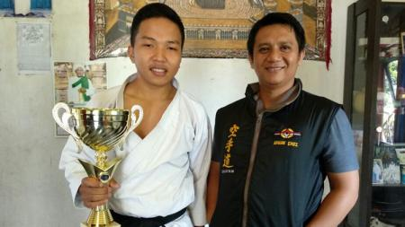 Fauzan Noor juara dunia Karate. - INDOSPORT