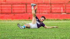 Indosport - Marc Klok berlatih secara terpisah di Stadion Andi Mattalatta Mattoanging, Rabu (18/07/18).