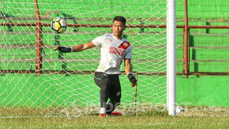 PSM Makassar melepas kiper Shahar Ginanjar. Copyright: Wira Wahyu Utama/INDOSPORT