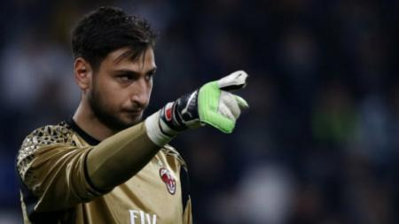 Gianluigi Donnarumma kiper AC Milan berpotensi ke Chelsea pada bursa transfer imbas Mino Raiola. - INDOSPORT